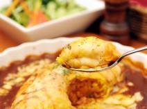 一番人気!「オムライス チーズ&デミグラス」
