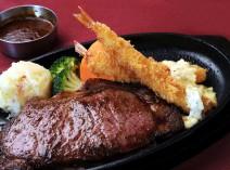 海老フライとステーキ!の贅沢メニューもあります