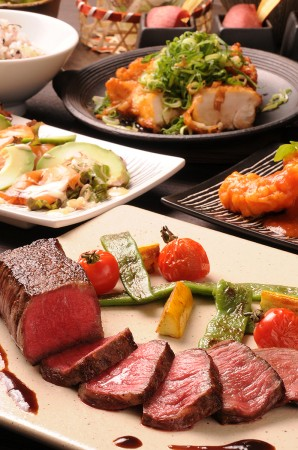 鉄板で焼き上げる料理はどれも絶品