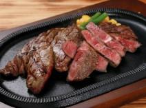 4種類のステーキの中からお好きな2種類をチョイス!